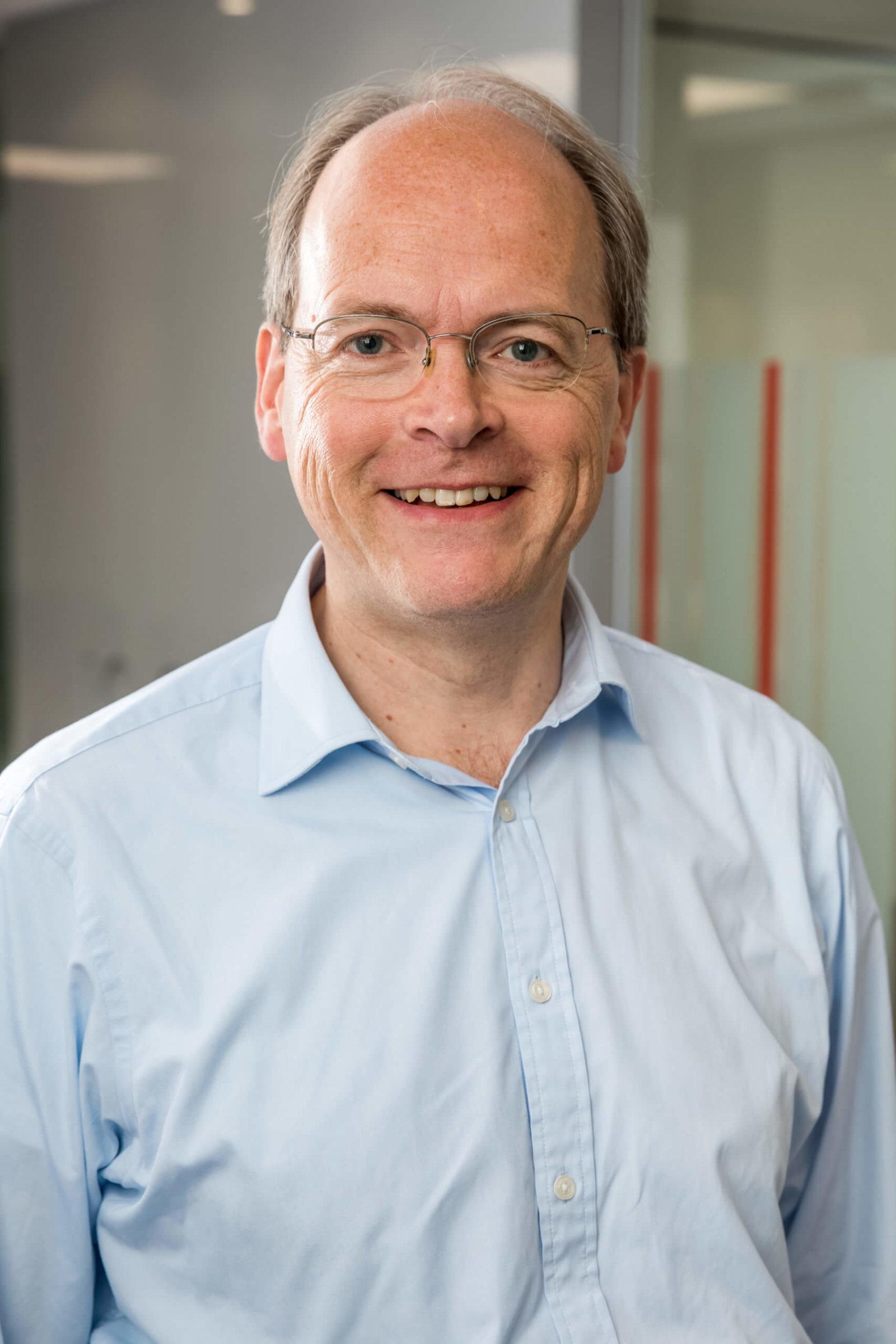 Simon Hirtzel